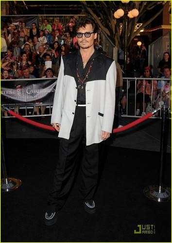 Johnny Depp: 'Pirates' Premiere at Disneyland!
