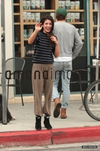 May 07th: Shenae Grimes outside Starbucks