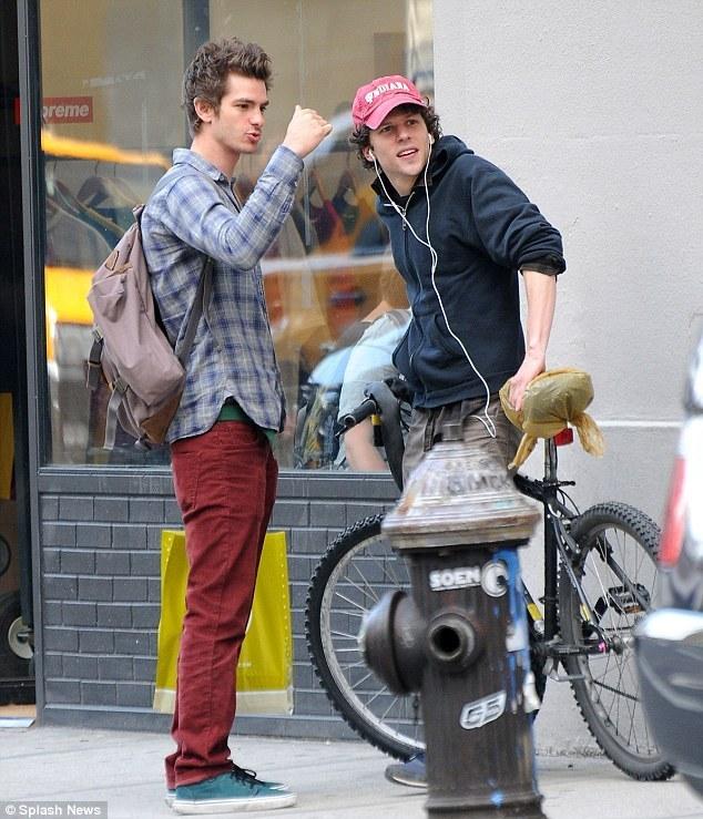 Gallery Jesse Eisenberg And Andrew Garfield