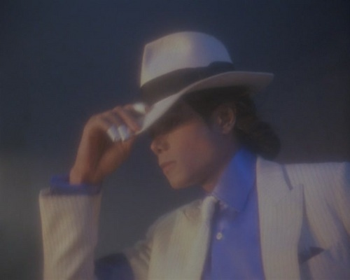 배드 시기 바탕화면 with a fedora, a boater, and a snap brim hat titled Michael Jackson // 사랑 <3 niks95 BAD era