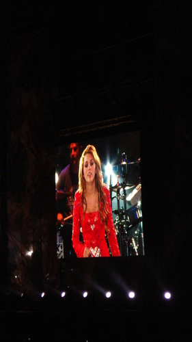 Miley - Gypsy corazón Tour - Buenos Aires, Argentina - 6th May 2011
