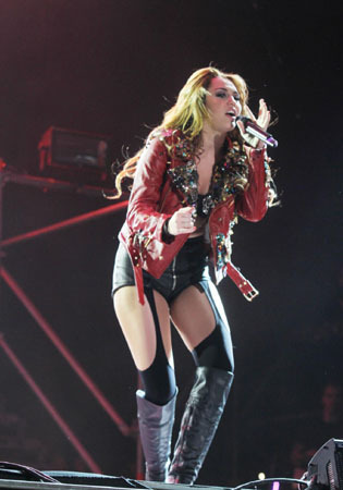 Miley - Gypsy ハート, 心 Tour - Buenos Aires, Argentina - 6th May 2011