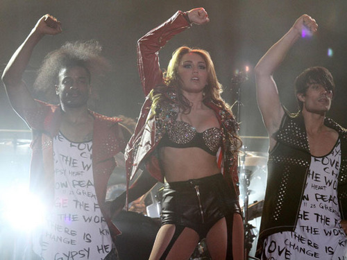Miley - Gypsy cœur, coeur Tour - Buenos Aires, Argentina - 6th May 2011