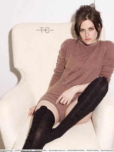 New Outtakes Kristen Stewart for Elle Magazine
