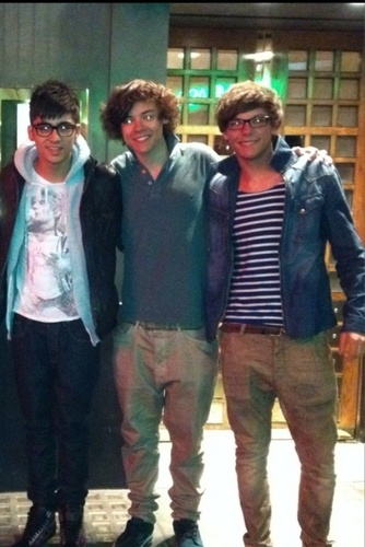 One Direction<3 প্রণয় these boys<3 ((Some Rare))