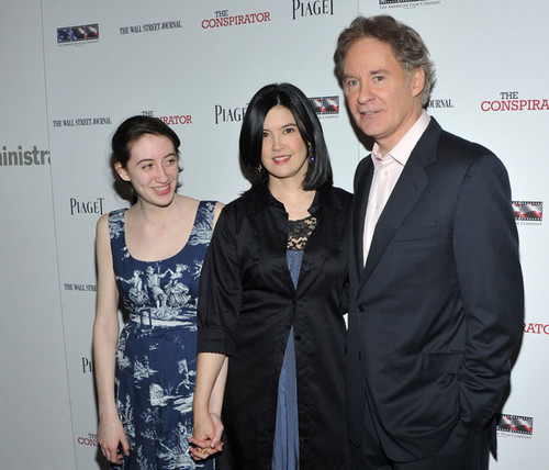 Phoebe Cates & Kevin Kline @ the Premiere of 'The Conspirator'