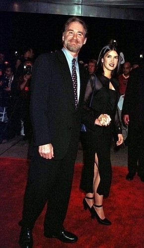 Phoebe Cates & Kevin Kline @ the Premiere of 'In & Out'