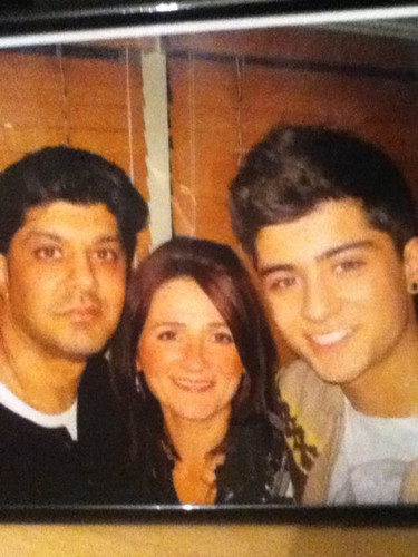 Sizzling Hot Zayn Means مزید To Me Than Life It's Self (Zayn Wiv His Mum & Dad!) 100% Real ♥