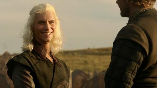 Viserys Targaryen karatasi la kupamba ukuta