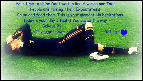 Fernando Torres wolpeyper with a wicket entitled fernando torres <3