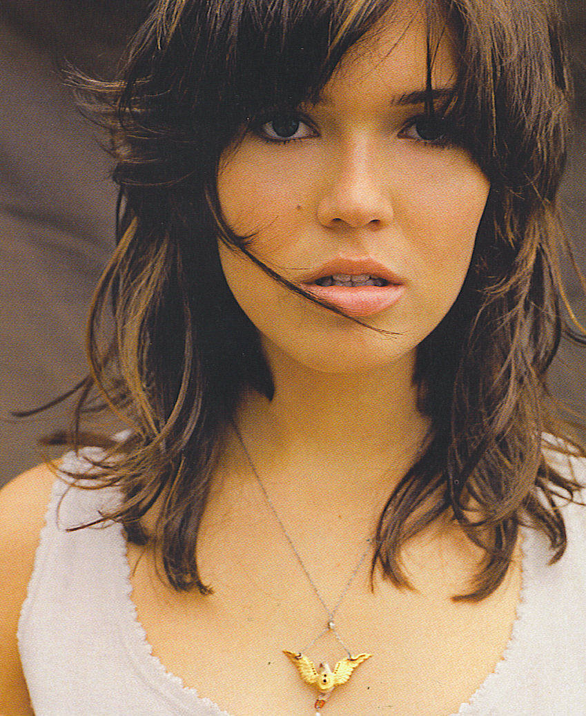mandy moore Mandy moore's wardrobe has always been playful and upbeat, but lately the this  is us actress has taken things to the next level after a.