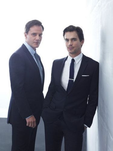 White collar fondo de pantalla with a business suit, a suit, and a two piece titled white-collar-season-3-cast-photos