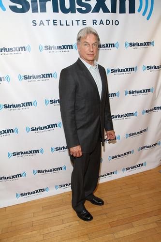 Visits Siriusxm Studio On May 10, 2011 In New York City