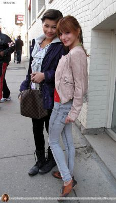 Bella and Zendaya Go for a walk on John سٹریٹ, گلی in Toronto,April 9,2011
