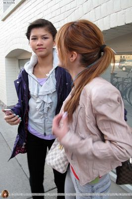 Bella and Zendaya Go for a walk on John calle in Toronto,April 9,2011