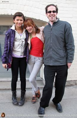 Bella and Zendaya Go for a walk on John rue in Toronto,April 9,2011