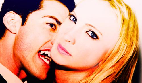 Caroline/Tyler (4wood) amor them 2gether (Wolfvamp) 100% Real ♥