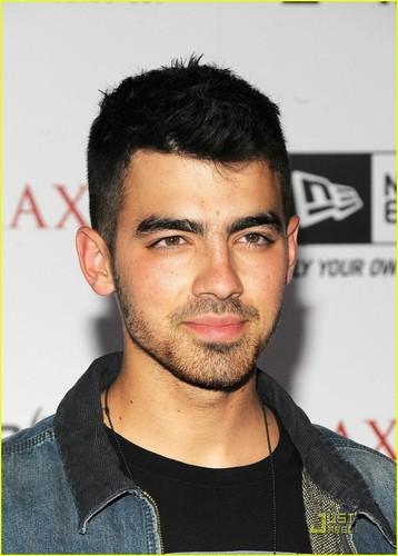 Joe Jonas: Maxim Hot 100 Party (05.11.2011)!