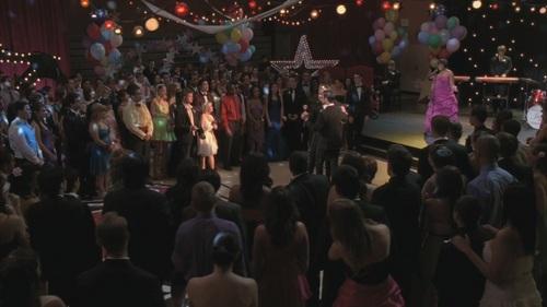 Klaine Kiss Season 4