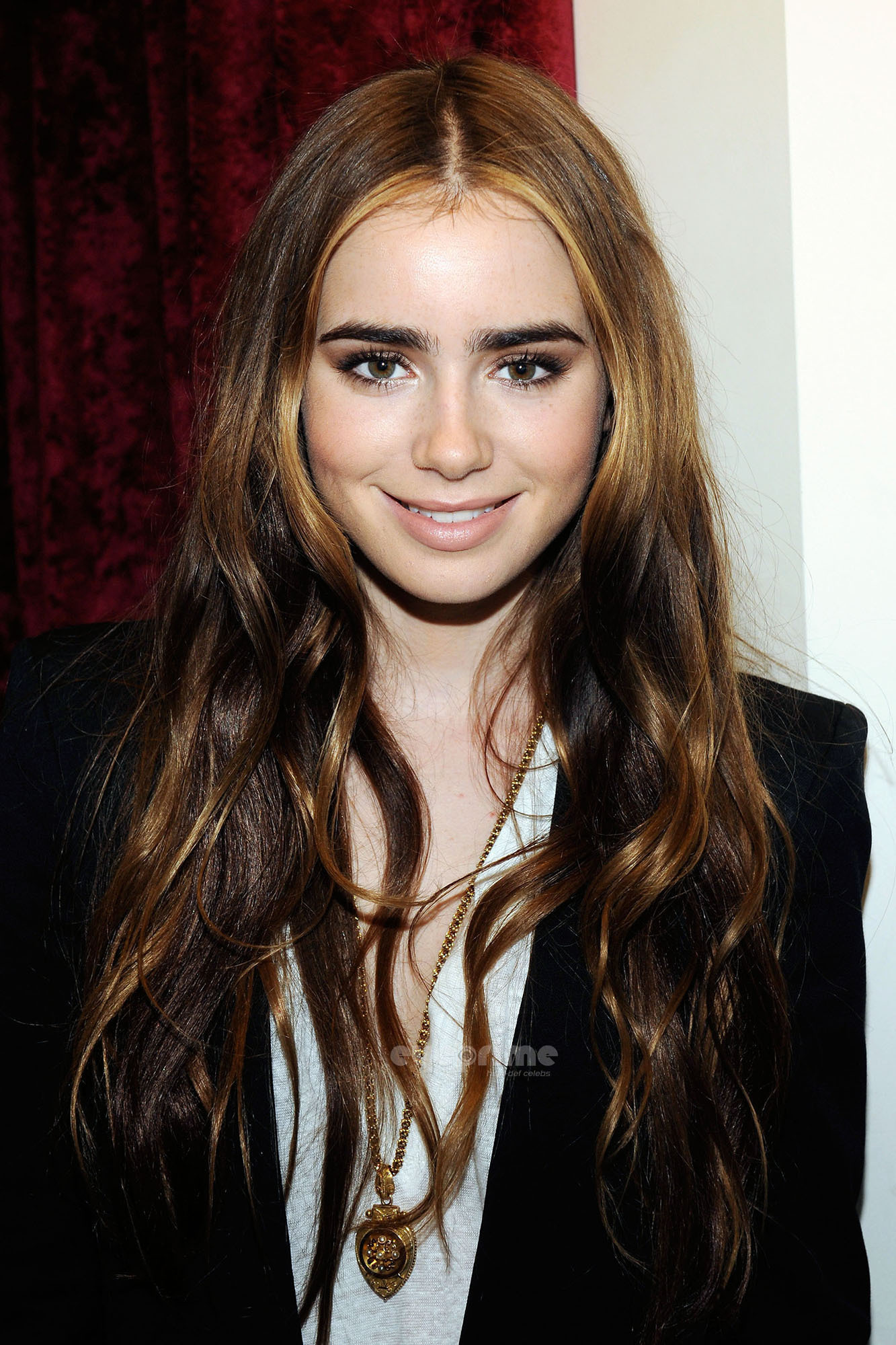 wallpapers website great: lily collins - wallpaper hot