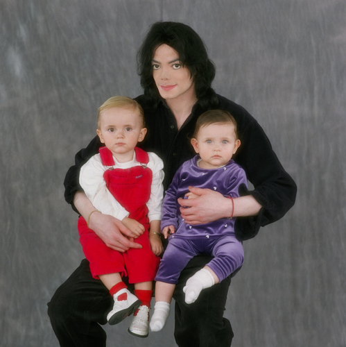 Paris Jackson kertas dinding possibly containing a neonate, an outerwear, and a sweat suit entitled Michael,Prince and Paris(big photo)