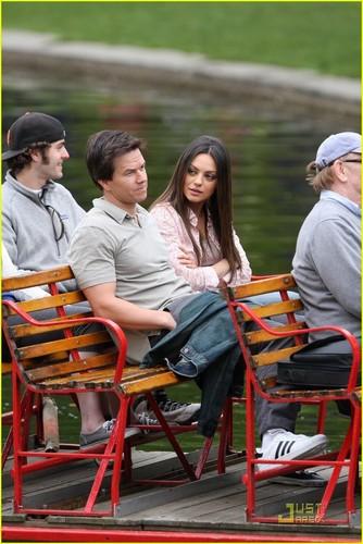 Mila Kunis: Cuddling with Mark Wahlberg