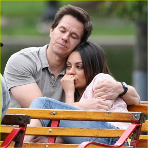 Mila Kunis: Cuddling with Mark Wahlberg