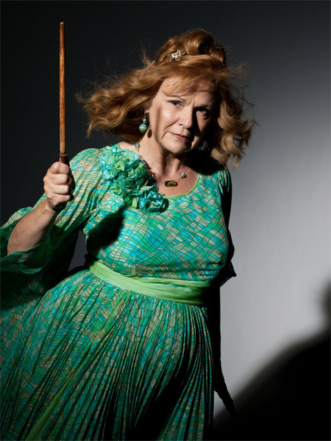 molly weasley hp 7 part 1 harry potter photo 21913152