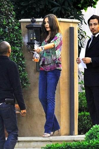 New تصویر - Paris ( on heels!)