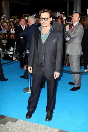 Pirates of the Caribbean OST Premiere In London - May 12 , 2011 - johnny-depp Photo