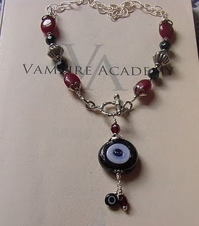 Vampire Academy wallpaper called Rose's Nazar kalung