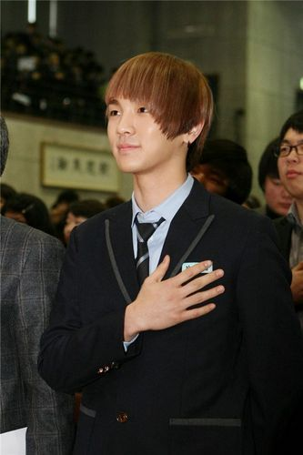 SHINee HIGH SCHOOL Graduation - SHINee photo (21985522) - fanpop