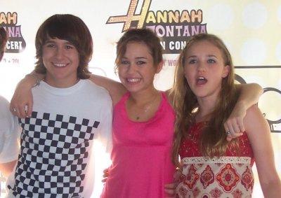 THE 3 Những người bạn