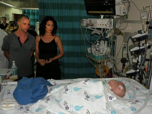 House M.D. wolpeyper probably with a living room entitled The House cast visiting hospital in Israel May 2011