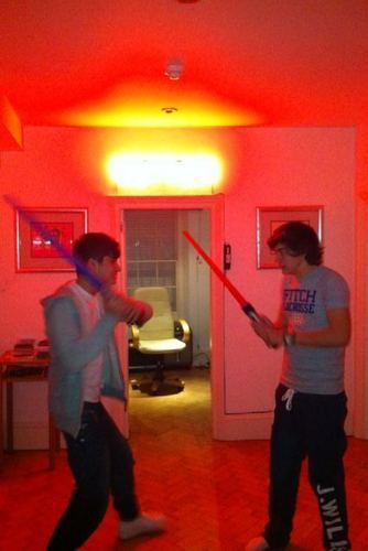 """Zarry Stylik """"May The Force B Wiv U"""" (Rare Pic) 100% Real ♥"""