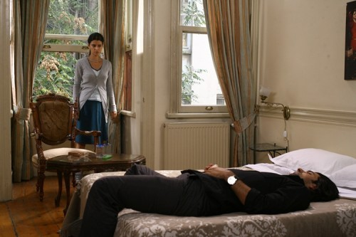 Fatmagül'ün Suçu Ne wallpaper with a living room, a family room, and a morning room called fatmagulun sucu ne 5 bolum