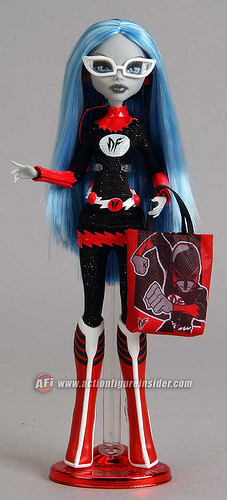 ghoulia cheerleader doll