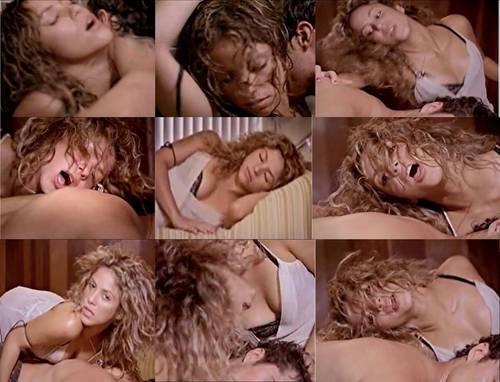 シャキーラ sexy in ベッド