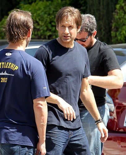 David Duchovny wallpaper entitled 11/05/2011 - Filming Californication