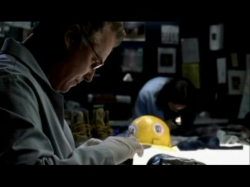 CSI wallpaper entitled 2x03- Overload