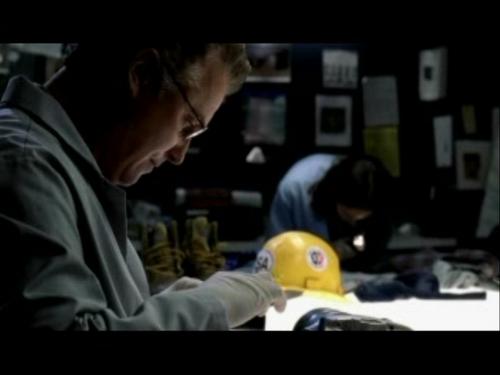 CSI wallpaper titled 2x03- Overload
