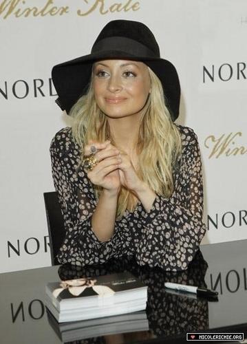 5/14 Nordstrom Fashion Island Event