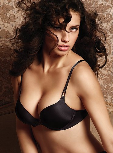 Adriana Lima wallpaper with a brassiere called Ada