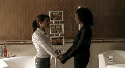 Claudia e Rosy - squadra-antimafia-%E2%80%93-palermo-oggi Screencap