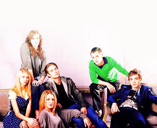 The crew ;))