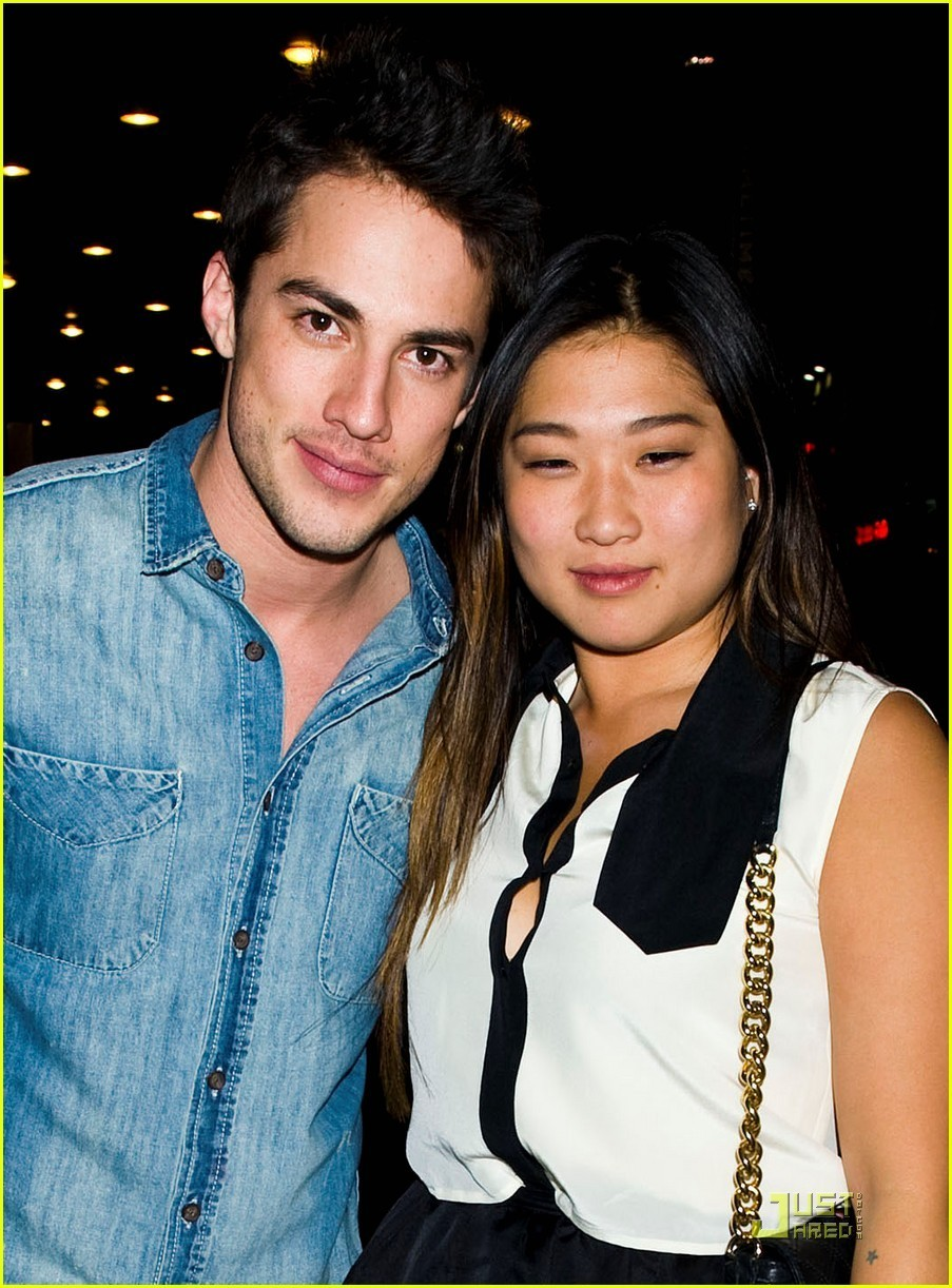 Jenna Ushkowitz & Michael Trevino: Broadway Date Night ...
