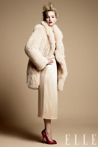 Jennifer Lawrence photoshoot: Elle 2011
