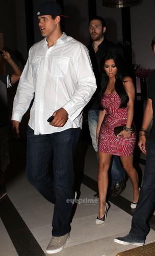 Kim Kardashian & Kris Humphries in Miami.