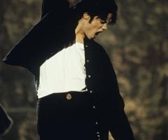MJ (L)