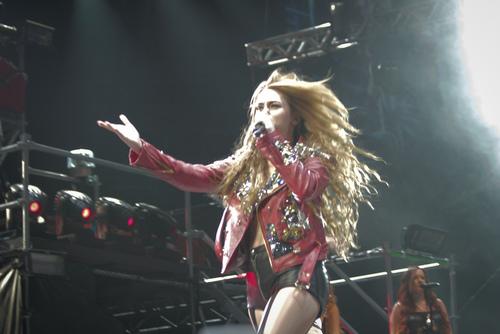 Miley - Gypsy jantung Tour (2011) - Rio de Janeiro, Brazil - 13th May 2011